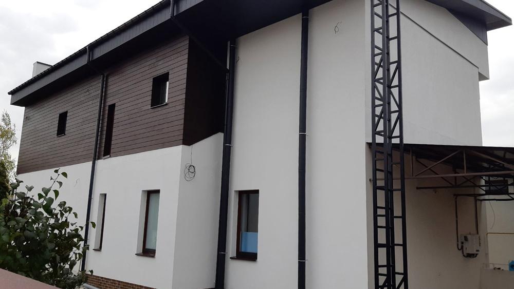 Фасад частного дома Харьковская обл. сел. Малая Даниловка